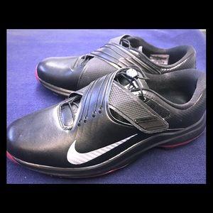 Nike TW 17 Tiger Woods Mens Golf Shoes Black/Red